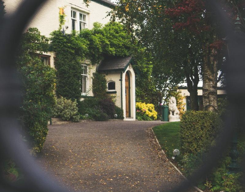 Machen Sie zuvor Ihre Immobilie vor dem Urlaub einbruchsicher