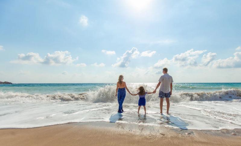 Familienurlaub mit der Familie am Strand